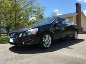 2012 Volvo S60 T6 | AWD| Low kms | Two sets of wheels and tires