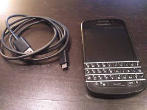 Blackberry Q10 used (in excellent condition) Unlocked