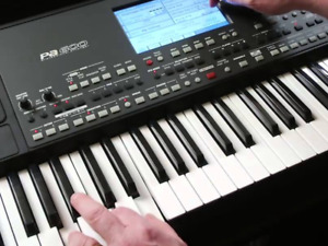 Clavier KORG PA 600 comme neuf