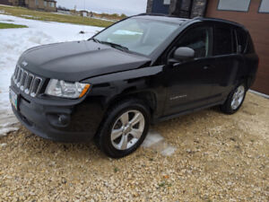 2012 Jeep Compass North 4WD - Brand New Tires - Safetied