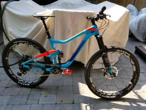 Giant Trance 1  Advanced with riding gear (all pretty much new)