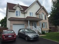 Family house 5+1 bedrooms + Bonus in Chateauguay