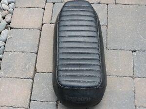 Triumph Bonneville/Tiger 1971-72 Wide Nose Seat**Best Offer**