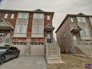 Beautiful Townhouse for Sale - Stoney Creek