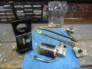 1967 Mustang Wiper Motor Bracket Linkage hardware FoMoCo Parts