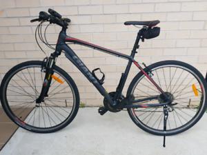 Giant Roam 3 2019 L Hybrid Bike Immaculate Condition
