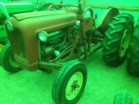 Ford 800 tractor gas