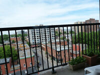 big apartment  3 1/2 in downtown montreal  whit 400 off