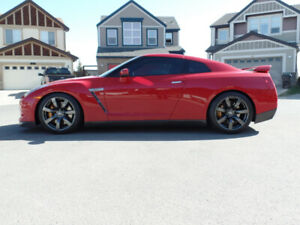 2009 NISSAN GTR PREMIUM LOW KMS ,LEASE ME TODAY!!!!