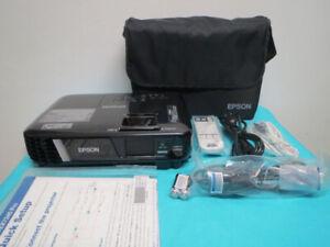 New Epson Pro Wireless WXGA 3LCD Projector 3200 lumens HDMI MHL