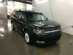 Reduced! 2013 Ford Flex SEL. Loaded. Low KM's