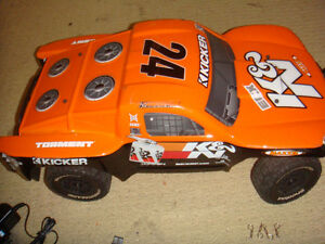 RC ECX TORRENT SCT BRUSHED 2WD TRUCK MINT CONDITION