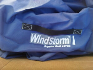 Eevelle Windstorm Runabout Boat Cover 16-17 ft, brand new