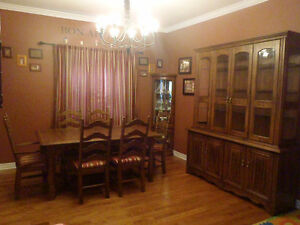 Beautiful Solid Wood Buffet/Hutch, Dining Table, 6 Chairs, ECT