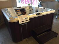 JACUZZI ANCASTER - FLOOR MODEL CLEARANCE - J245 - SAVE 1000'S!