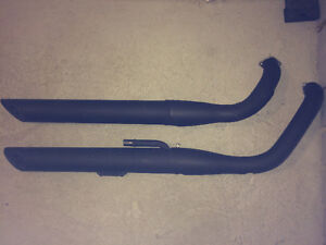 Black Exhaust Pipes (Stock / Factory)