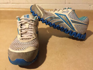Women's Reebok Premier Zignano Running Shoes Size 9