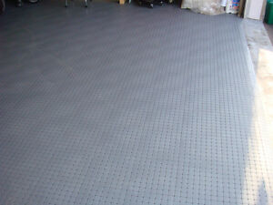 "High Quality Garage Floor Tiles 12""x12"" Universal interlocking West Island Greater Montréal image 2"