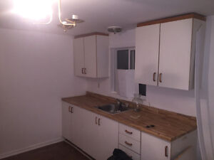 Available Now Upstairs 1 Bedroom