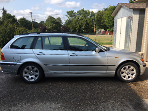 2002 BMW 3-Series Wagon
