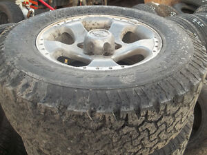 Tires size 265/70 17 set of 4
