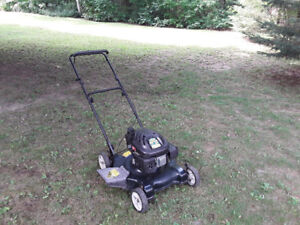 """Yard Machines 22"""""""" Side Discharge Mower, Excellent Condition."""