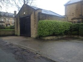 Garage unit available in BD8 next to Lister Park.