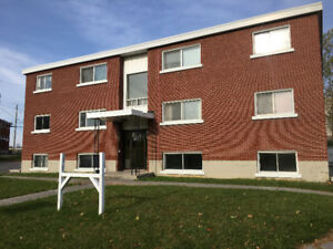 26 Theresa Cres. - Bright 2 Bedroom Apartment