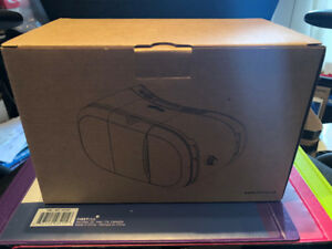 We-R-VR VR (Virtual Reality) Headset for Smartphones BRAND NEW!