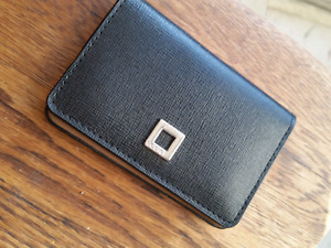 Lodis- card holder perfect condition