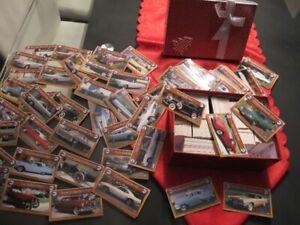 Collection complète de 800 cartes de Voitures Anciennes