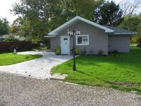 Cute home with lake view near Harrow/Kingsville