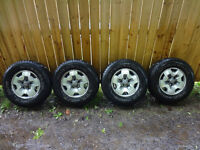 P235/75 R15 Rims and Tires