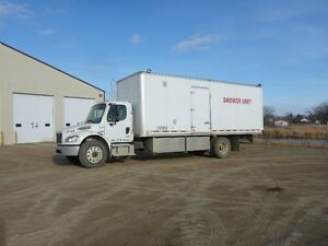 UNRESERVED PUBLIC AUCTION - HEAVY TRUCKS - FROBISHER, SK Regina Regina Area image 6