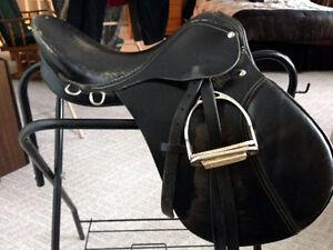 """17"""" Leather English Saddle"""