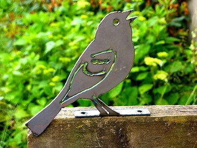 Cut Metal Rusty Vesper Sparrow Bird Garden Home Outdoor Yard Window Art Decor