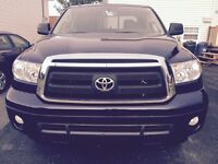 2013 Toyota Tundra. Only 38,000 KMs.