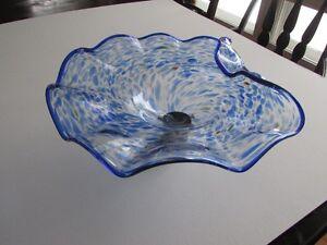 Vase Verdici sur socle en métal