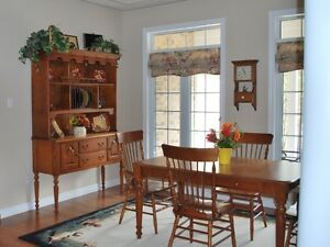 ** Bermex solid wood, 9 piece Dining Set...made in Canada**