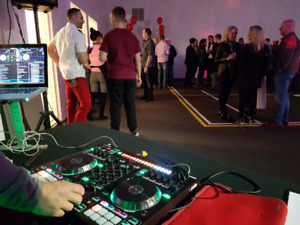 DJ services available for new years
