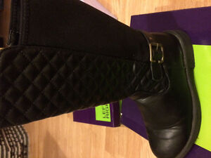 Black leather girls dressy boots Size 5
