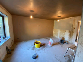 FULL REFURBISHMENT OF THE HOUSE PLASTERING,TILING,KITCHEN,BATHROOM,PAI