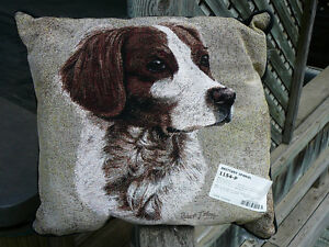 Brittany Spaniel pillow, Brittani pillo, Robert J. May Tapestry Oakville / Halton Region Toronto (GTA) image 1