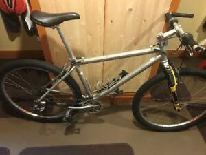 1996 Trek Aluminum Mountain Bike For Sale.
