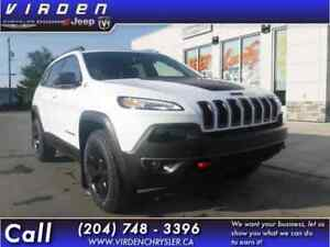 2018 Jeep Cherokee Trailhawk 4x4 - Sunroof - Leather Seats - $23