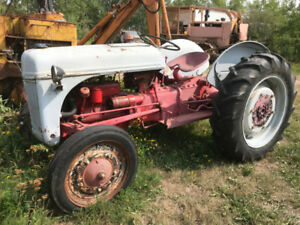 Ford Tractor 9N