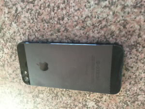 UNLOCKED Black IPhone 5 64GB with MK & Otterbox cases