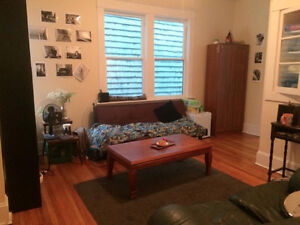 4 bdrm upper flat footsteps from spring garden! downtown hfx!