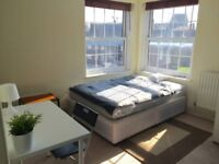 SUPERB DOUBLE ROOM - CENTRAL LINE - ILFORD TOWN