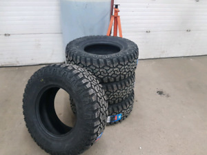 305/70r17 Muteki Trail Hogs